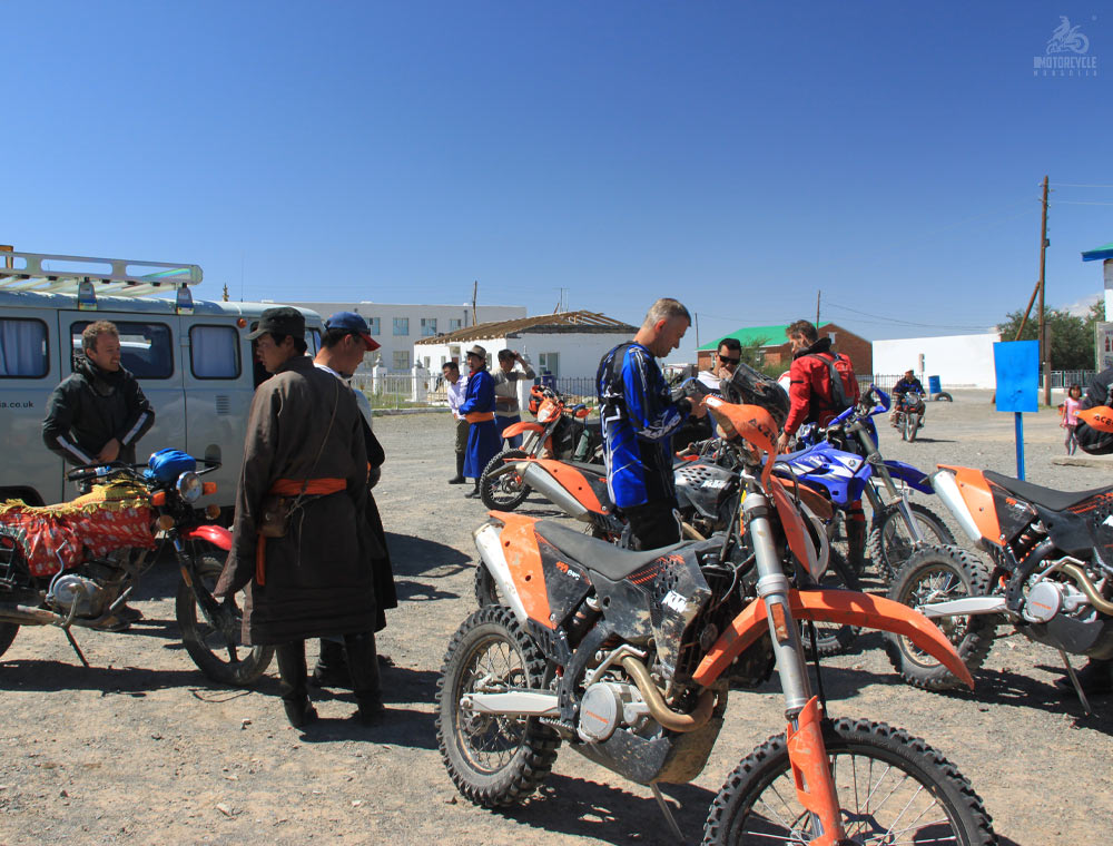Middle Gobi Motorcycle Trip